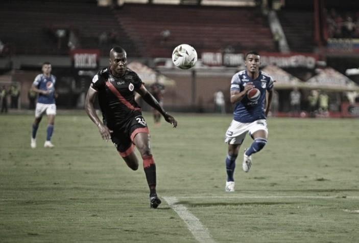 """Alberto Gamero: """"Se dice que en el fútbol lo más difícil es generar las opciones, mi equipo las está generando"""""""