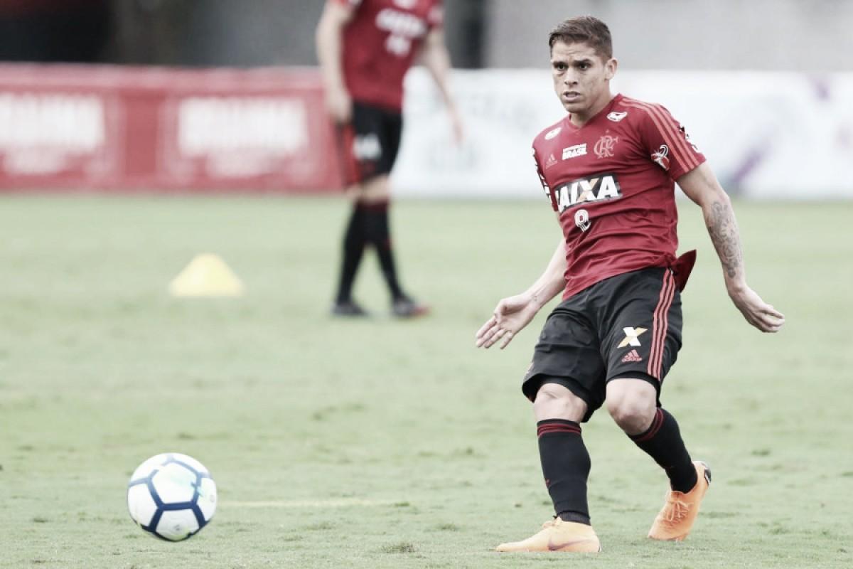 De contrato renovado, Cuéllar vê Flamengo no caminho certo e mira vitória contra Palmeiras