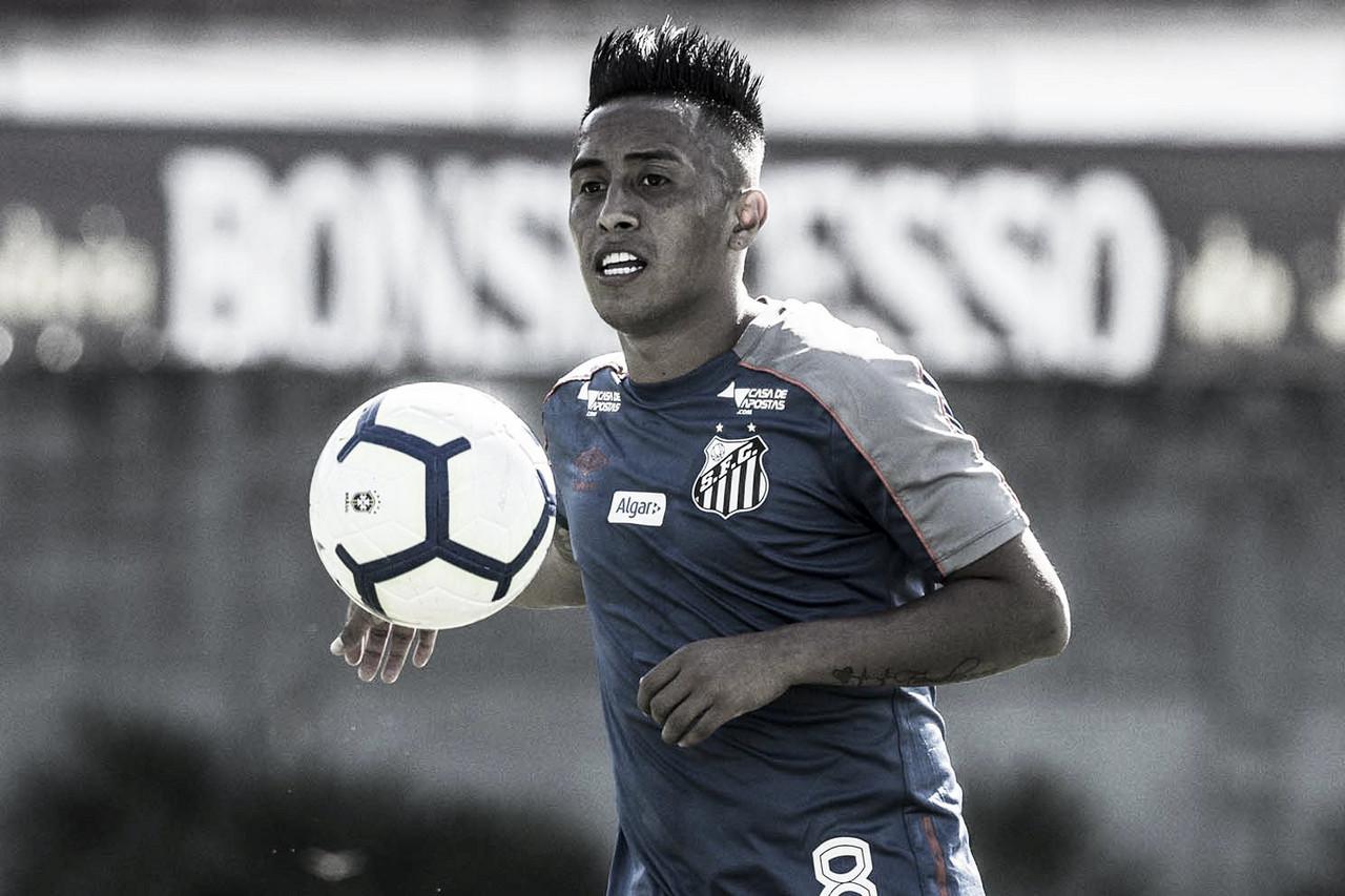 Cueva é liberado pela diretoria, e Santos inicia preparação para jogo contra Cruzeiro