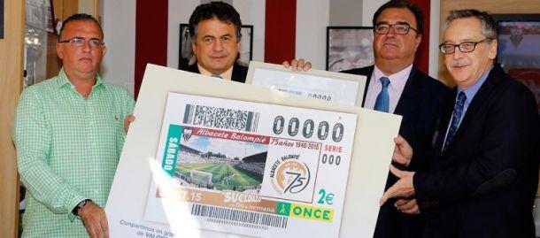 La ONCE rinde homenaje al 75 aniversario del Albacete Balompié