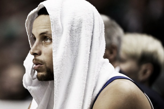 Stephen Curry out indefinitely with a sprained ankle