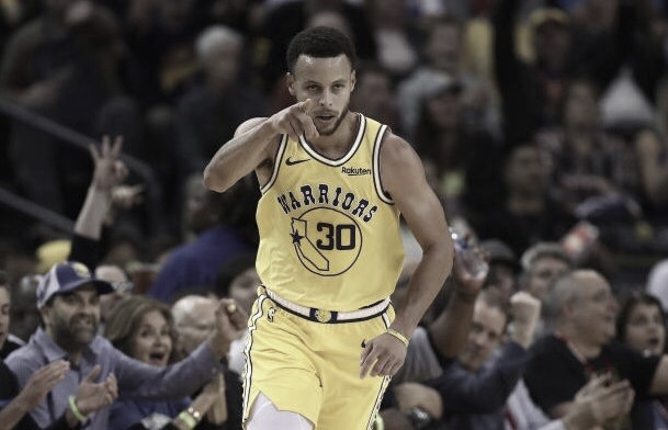 Warriors despedazan a Wizards con sublime actuación de Curry