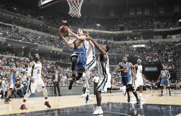 Nba, i Warriors ancora imbattuti passano anche a Memphis (84-100)
