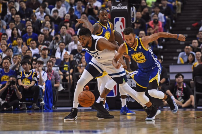 NBA Preseason - Golden State travolge Minnesota a suon di triple (142-110)