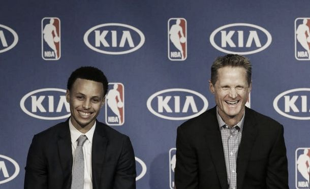 "NBA Finals, Kerr e Curry avvertono LeBron: ""Ti renderemo la vita difficile"""