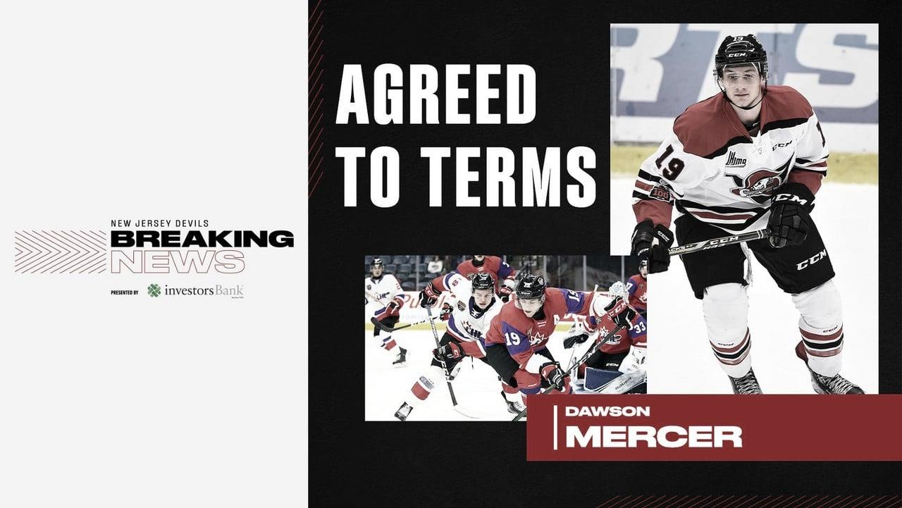 Los New Jersey Devils dan un contrato inicial al prospect Dawson Mercer