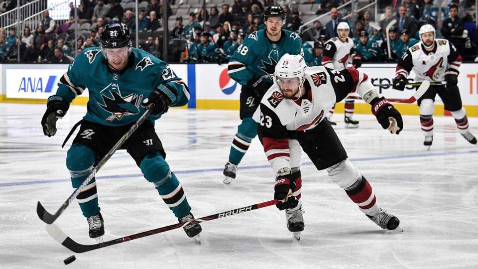 San Jose Sharks win 3-2 in overtime against Arizona Coyotes