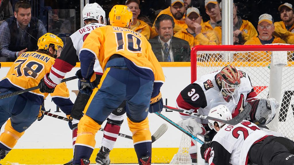 Nashville Predators dominate Arizona Coyotes to win 5-2