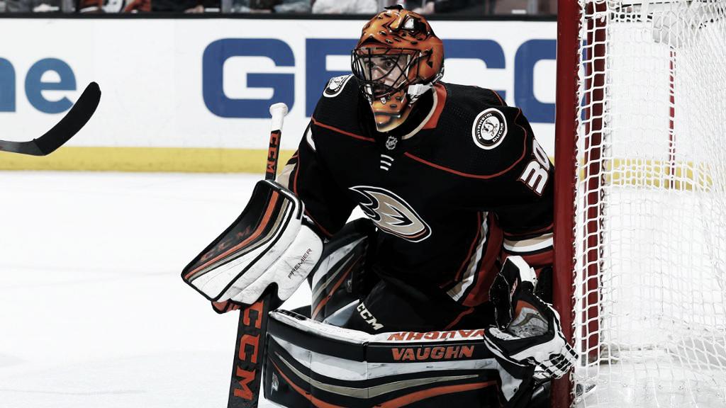 Ryan Miller estará seis semanas fuera con los Ducks
