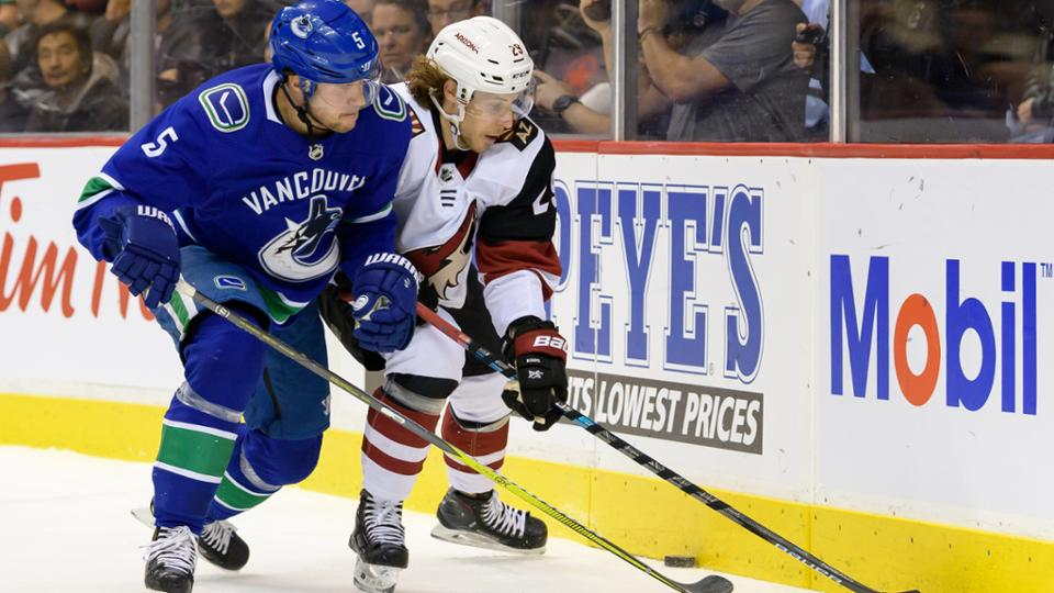 Arizona Coyotes defeat Vancouver Canucks in a thrilling encounter