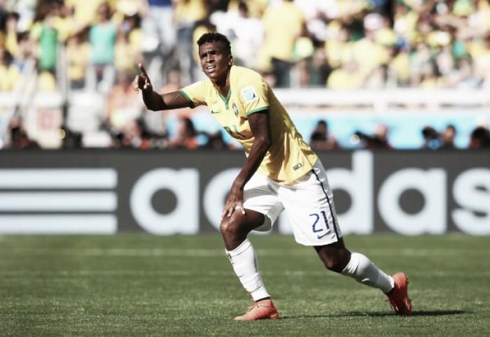 Atacante Jô passa em exames e fica próximo de acerto com Corinthians para 2017