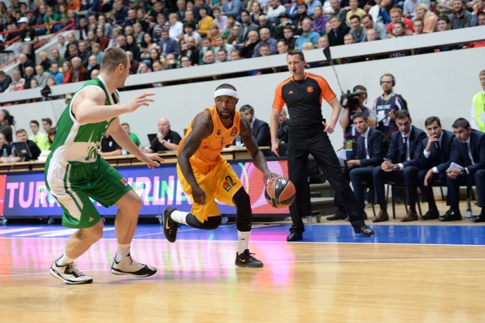Eurolega, il Barcellona batte in rimonta l'Unics Kazan (63-69)