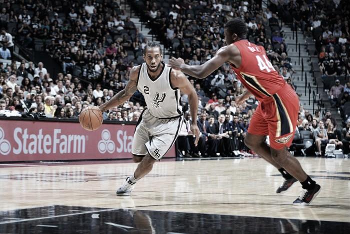Spurs segura Anthony Davis e vence terceira seguida na temporada