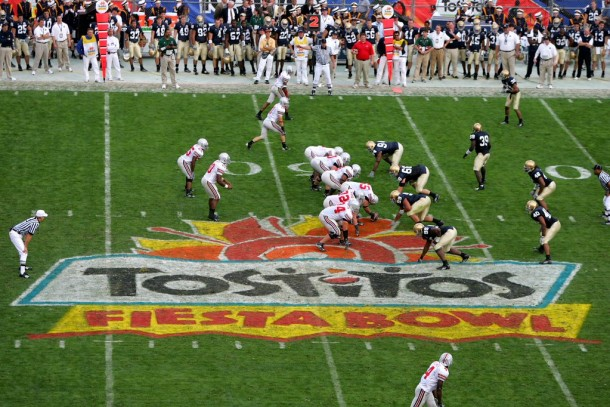 Notre Dame Fighting Irish Set To Face Off Against Ohio State Buckeyes In 2015 Fiesta Bowl