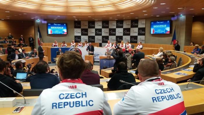 Fed Cup, Francia - Repubblica Ceca al microscopio