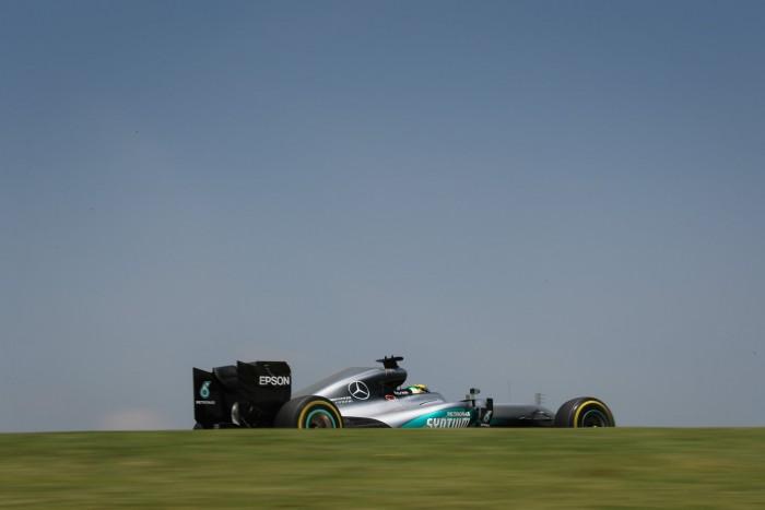F1 - Gp del Brasile: Hamilton detta il passo anche nelle FP2