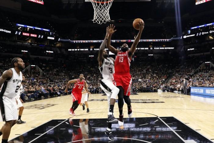 NBA - I Clippers asfaltano Portland, Harden guida i Rockets alla vittoria contro gli Spurs