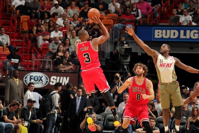 NBA, Chicago batte Miami al fotofinish (98-95)