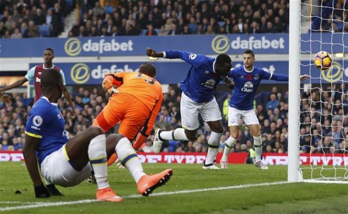 Premier League - L'Everton vola sulle ali di Lukaku e Barkley: battuto 2-0 il West Ham