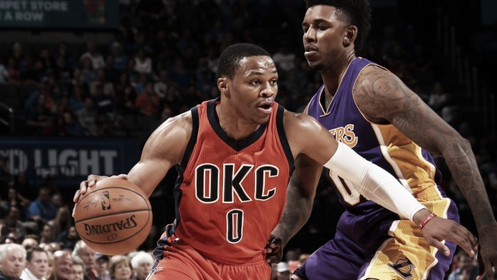 Com triplo-duplo de Westbrook, Thunder vence Lakers e segue invicto na temporada