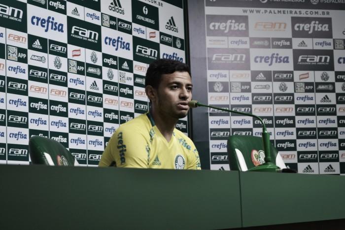"""Cleiton Xavier evita ansiedade para título do Brasileiro: """"Estamos muito focados"""""""