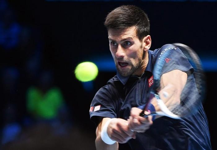ATP Finals - Djokovic rimonta e scuoia l'intraprendente Thiem, esordio ok