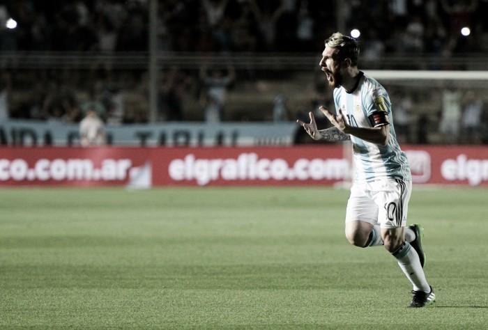 Comgolaço e show de Messi, Argentina vence Colômbia e respira nas Eliminatórias