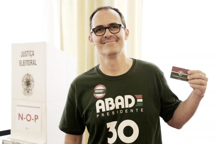 Pedro Abad é o último candidato a votar na eleição presidencial do Fluminense