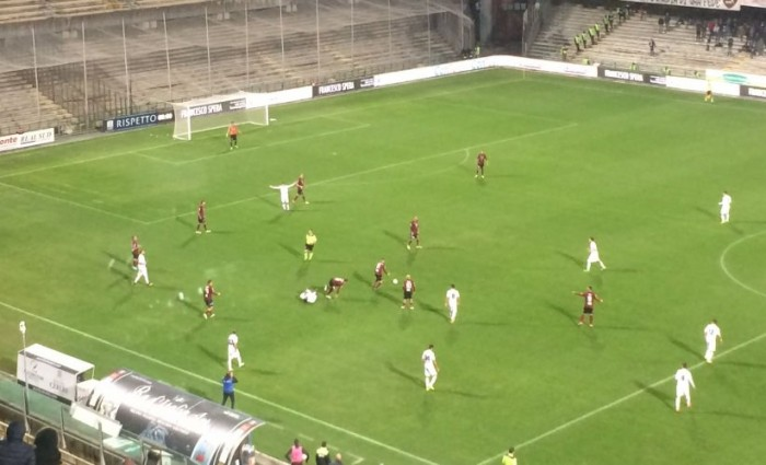 Serie B: la Salernitana fa e disfa, 1-1 all'Arechi contro la Pro Vercelli