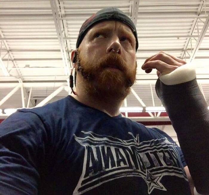 Breaking News: Major WWE Superstar Injured