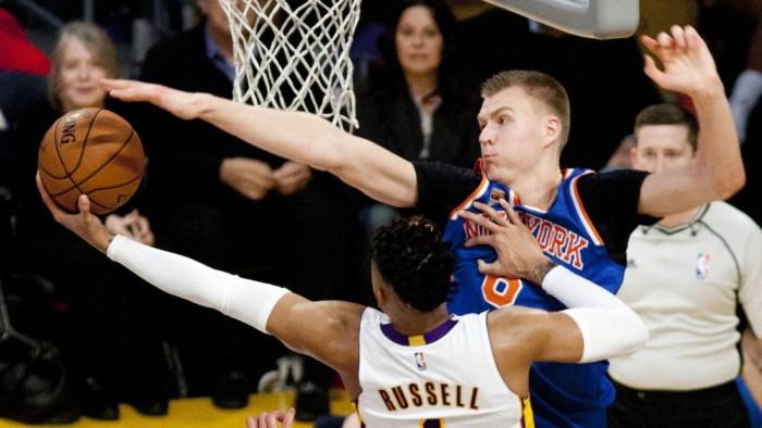 Porzingis bajó a los Lakers