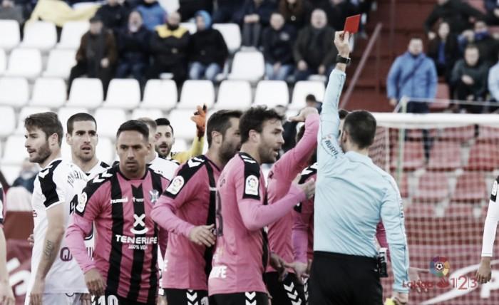 Óliver de la Fuente Ramos, árbitro en el Zaragoza - Lugo
