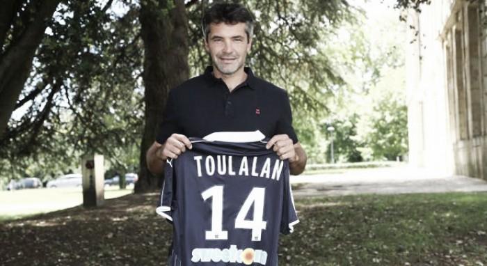 Experiente meia Toulalan deixa o Monaco e é anunciado novo reforço do Bordeaux
