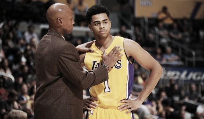 D'Angelo Russell vuelve a conquistar la titularidad de los Lakers
