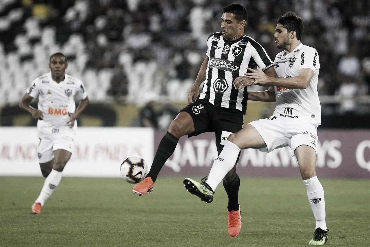 Visando encerrar jejum de vitórias, Botafogo e Atlético-MG se reencontram no Nilton Santos