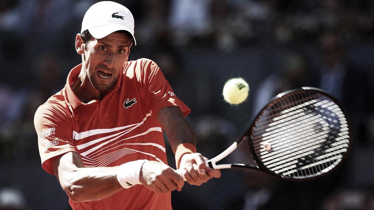 Djokovic prevalece nos momentos decisivos, vence Thiem e se garante na final em Madrid