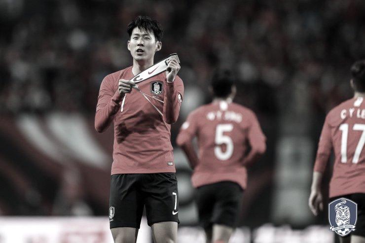 No duelo de treinadores portugueses, Coreia do Sul bate Colômbia em Seul