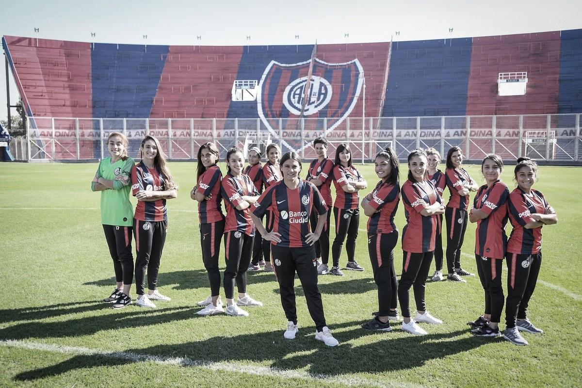 San Lorenzo el primero en firmar contratos dentro del Fútbol Femenino