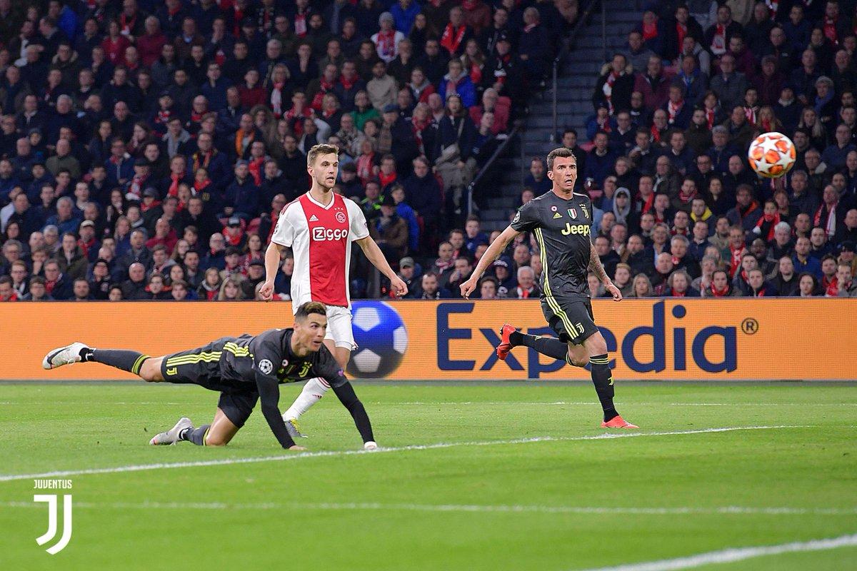 Champions League - Neres risponde al solito Ronaldo: tra Ajax e Juventus finisce 1-1