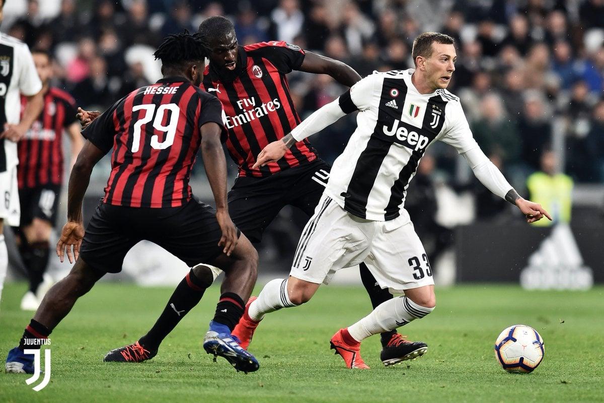 Serie A - La Juventus ribalta il Milan: 2-1 allo Stadium