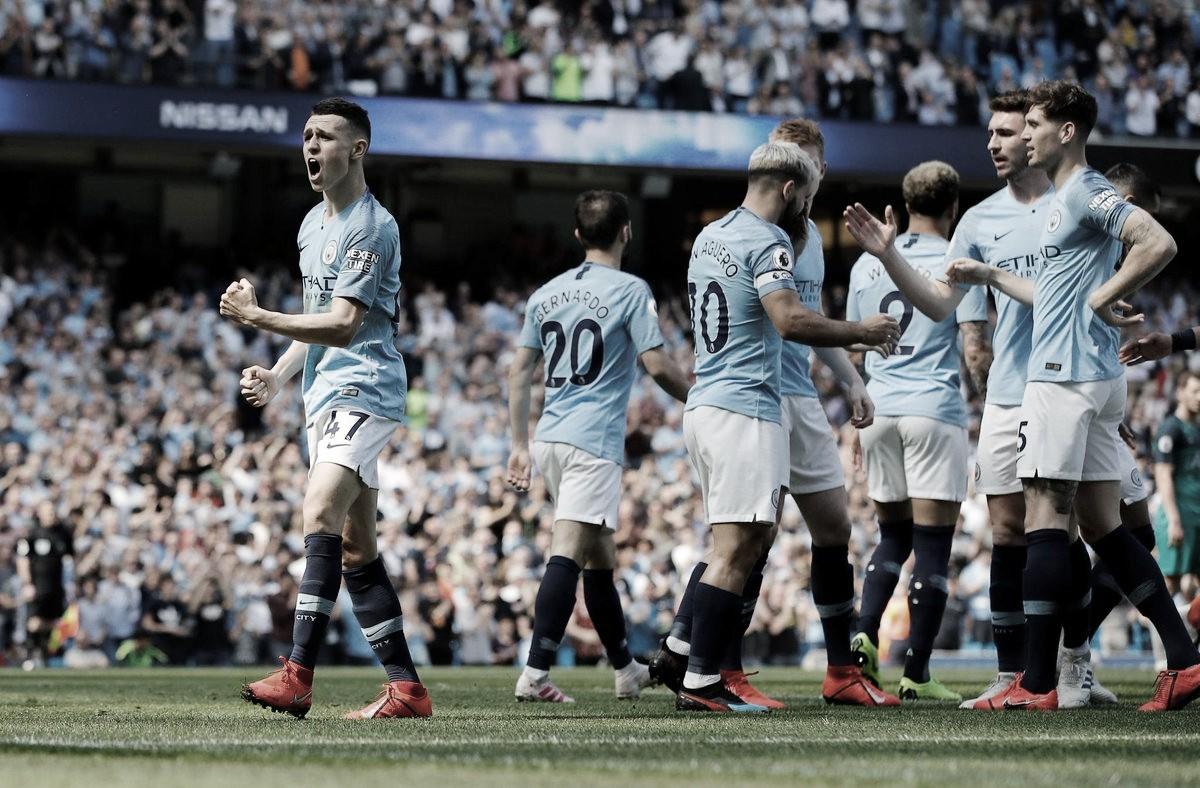 Manchester City vence Tottenham e assume liderança provisória da Premier League