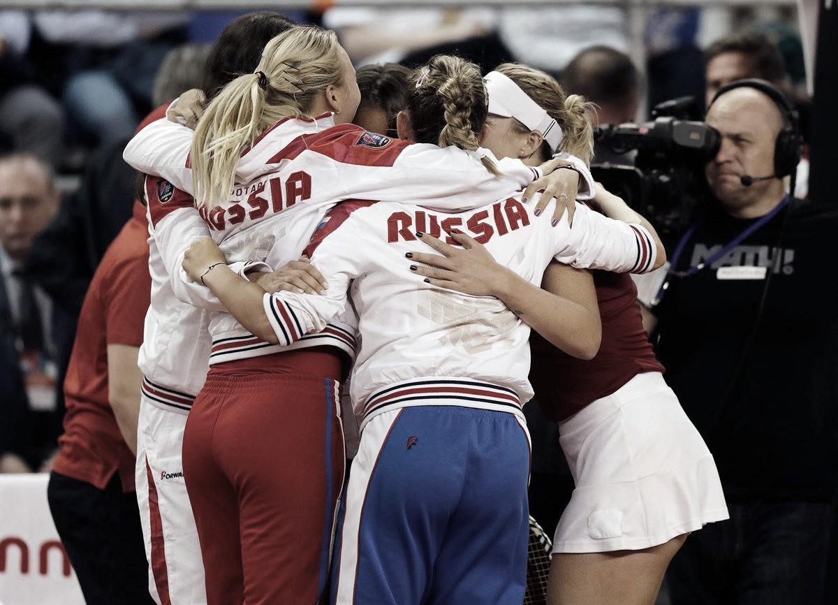 Pavlyuchenkova brilha, e Rússia conquista vitória em cima da Itália na Fed Cup