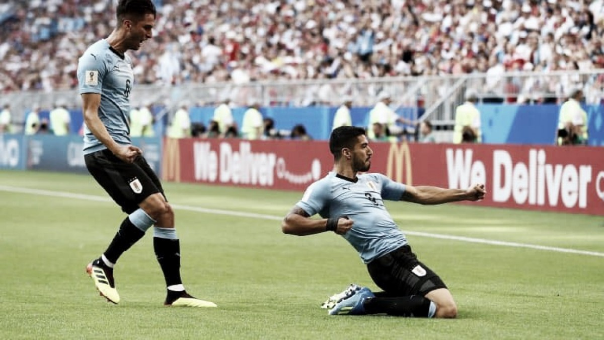 Uruguai atropela Rússia, confirma liderança do grupo e aguarda adversário das oitavas de final
