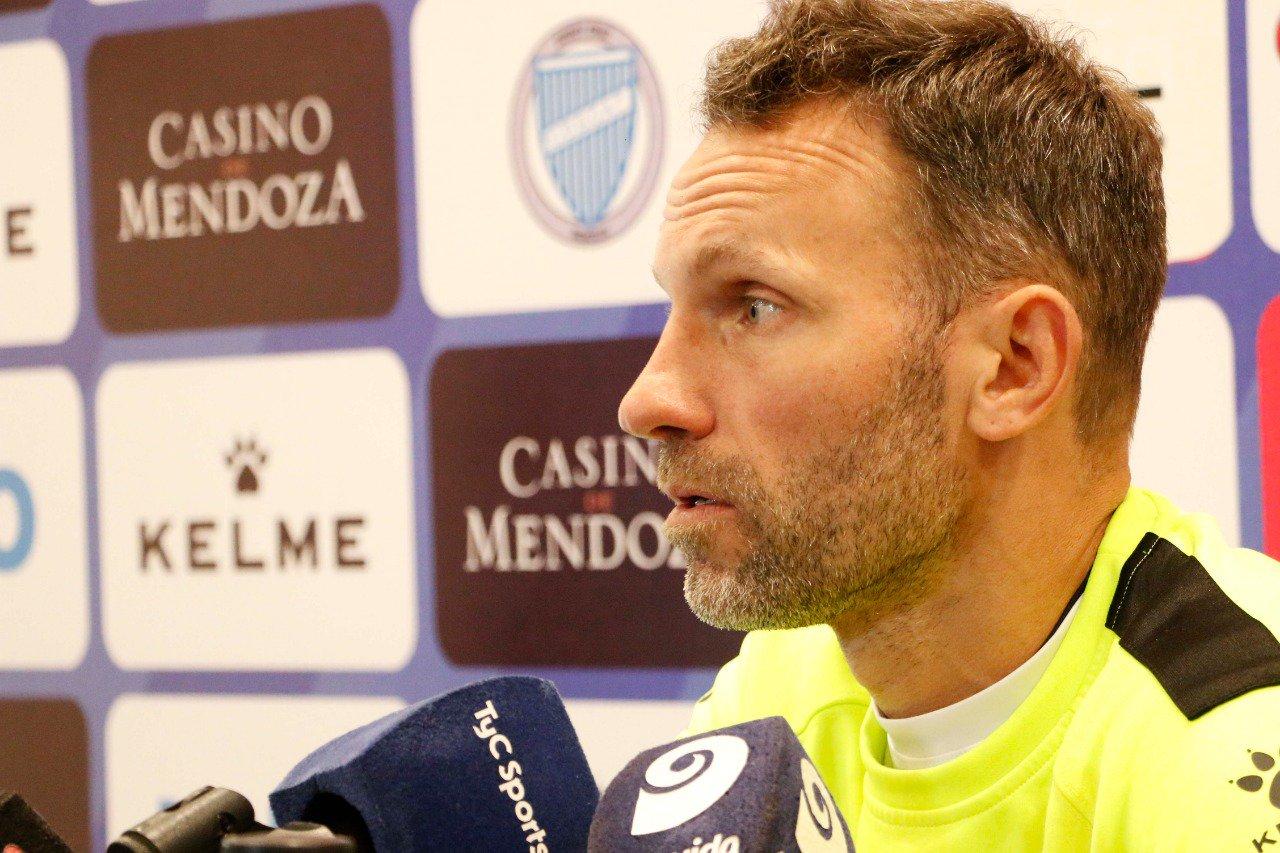 """Lucas Bernardi: """"Boca será difícil más allá de los nombres que participen"""""""