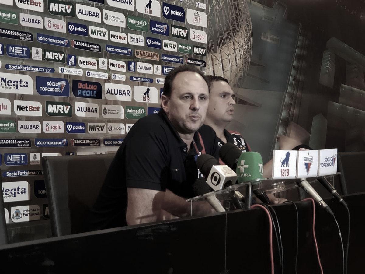 """Rogério Ceni agradece torcida e comemora primeira vitória: """"É muito gratificante"""""""