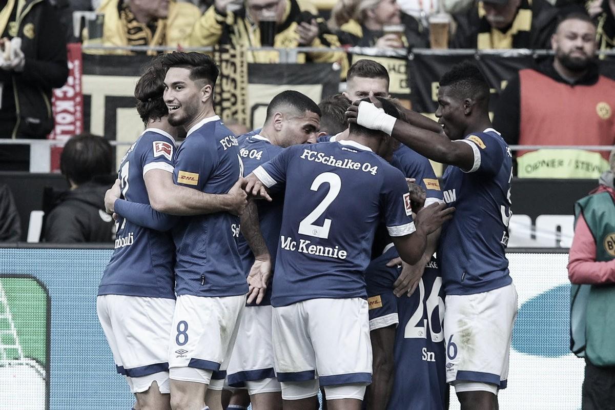 Schalke 04 vence clássico contra Borussia Dortmund de virada e complica vida de rival