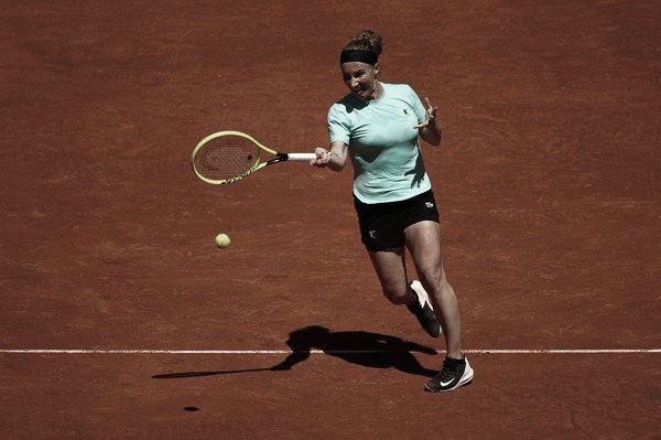 Kuznetsova surpreende e elimina Sabalenka na primeira rodada em Madrid