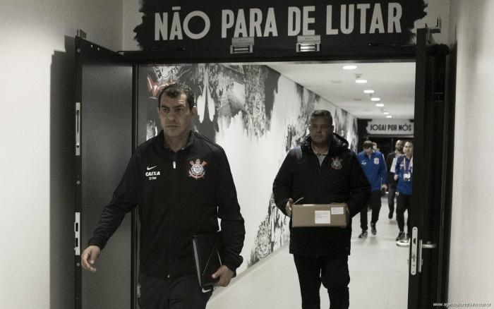 Fábio Carille comemora vitória e garante Corinthians com a mesma dedicação para o futuro