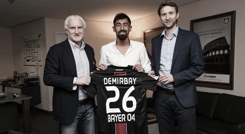 Bayer Leverkusen oficializa contratação do meia Kerem Demirbay por cinco anos
