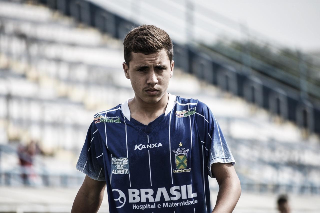 Após tropeço, meia Filipe pede atenção máxima do Santo Andrécontra Criciúma